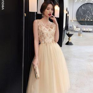 Mode Champagner Abendkleider 2019 A Linie Rundhalsausschnitt Pailletten Ärmellos Wadenlang Festliche Kleider