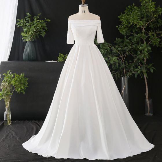 Proste / Simple Białe Duży Rozmiar Suknie Ślubne 2020 Princessa Przy Ramieniu Kótkie Rękawy Jednolity kolor Trenem Katedra Skrzyżowane Pasy Wykonany Ręcznie Satyna Ślub
