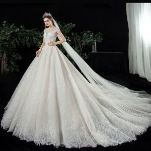 Best Champagne Lace Bridal Wedding Dresses 2020 Ball Gown See-through Square Neckline Sleeveless Backless Appliques Lace Beading Cathedral Train Ruffle