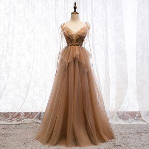 Stylowe / Modne Brązowy Sukienki Wieczorowe 2019 Princessa Spaghetti Pasy Frezowanie Cekiny Z Koronki Kwiat Bez Rękawów Bez Pleców Długie Sukienki Wizytowe