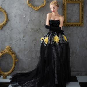Unique Noir Robe De Bal 2017 Trompette / Sirène Dentelle Bustier Appliques Dos Nu Perlage Promo Robe De Ceremonie