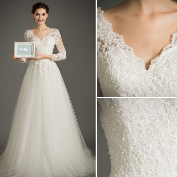 Elegant A-line V-neck 3/4 Sleeves Applique Lace Wedding Dress