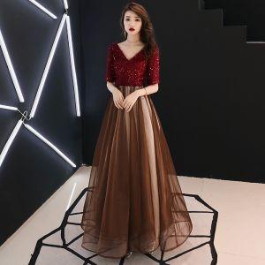 Moderne / Mode Bordeaux Robe De Soirée 2019 Princesse V-Cou Gland Paillettes 1/2 Manches Dos Nu Longue Robe De Ceremonie