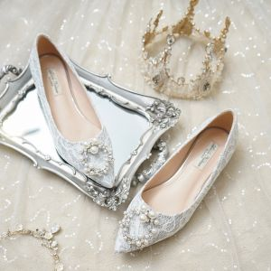 Charming Silver Flat Lace Wedding Shoes 2020 Pearl Rhinestone Pointed Toe