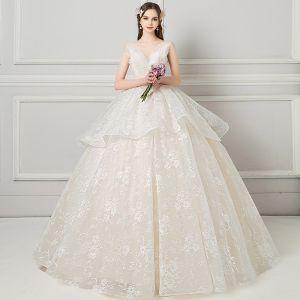 Elegant Champagne Wedding Dresses 2018 Ball Gown Beading Lace Flower V-Neck Backless Sleeveless Floor-Length / Long Wedding