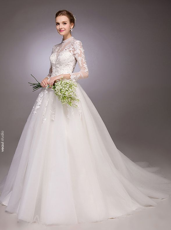 2016 Elegant A-line Sequins High Neck Applique Lace Backless Wedding Dress