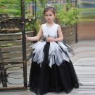 Chic / Beautiful Church Wedding Party Dresses 2017 Flower Girl Dresses Black White Ball Gown Floor-Length / Long Scoop Neck Sleeveless Beading Flower Appliques