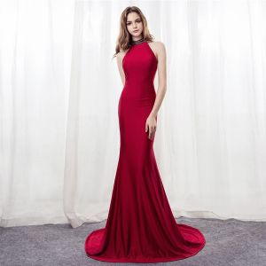 Sexy Burgundy Evening Dresses  2018 Trumpet / Mermaid Halter Strapless Sleeveless Beading Rhinestone Court Train Backless Formal Dresses