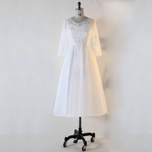 Chic / Beautiful White Plus Size Evening Dresses  2020 Lace U-Neck Handmade  Beading Sequins Embroidered Stripe Tea-length Evening Party Summer Long Sleeve A-Line / Princess Formal Dresses