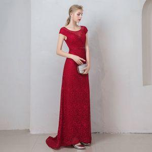 Hermoso Borgoña Vestidos de noche 2019 A-Line / Princess Scoop Escote Crystal De Encaje Flor Manga Corta Sin Espalda Largos Vestidos Formales