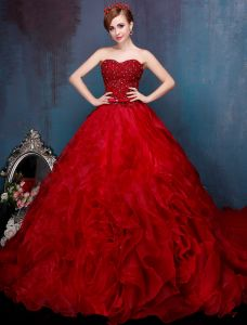 Elegant Burgundy Prom Dress Sweetheart Strapless Organza Ball Gowns