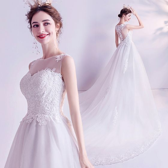 Affordable Ivory Wedding Dresses 2020 A-Line / Princess Scoop Neck Lace Flower Sleeveless Chapel Train