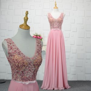 Mode Pink Handgefertigt Perlenstickerei Abendkleider 2019 A Linie Kristall Perle Pailletten V-Ausschnitt Ärmellos Rückenfreies Lange Festliche Kleider