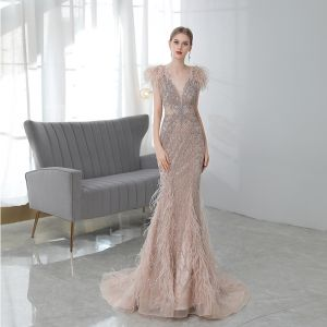 Luxury / Gorgeous Champagne Red Carpet Evening Dresses  2020 Trumpet / Mermaid Deep V-Neck Sleeveless Feather Beading Sweep Train Ruffle Backless Formal Dresses