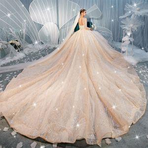 Lyx Champagne Genomskinliga Bröllopsklänningar 2019 Balklänning Urringning 3/4 ärm Halterneck Paljetter Beading Glittriga / Glitter Tyll Royal Train Ruffle