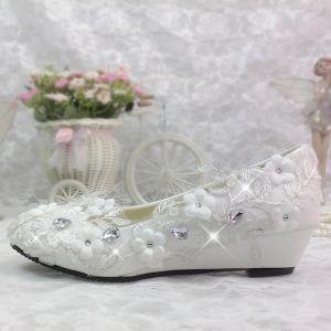 Chic / Belle 2017 Blanche Désinvolte Église Dentelle PU Appliques Cristal Faux Diamant Plate Plat Sandales Chaussure De Mariée