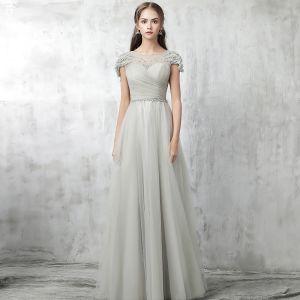 Schöne Grau Abendkleider 2017 Perlenstickerei Perle Reißverschluss Rundhalsausschnitt Kurze Ärmel Knöchellänge A Linie Festliche Kleider