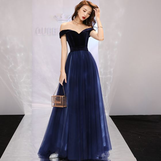 Modest / Simple Navy Blue Evening Dresses  2019 A-Line / Princess Off-The-Shoulder Suede Short Sleeve Backless Sweep Train Formal Dresses