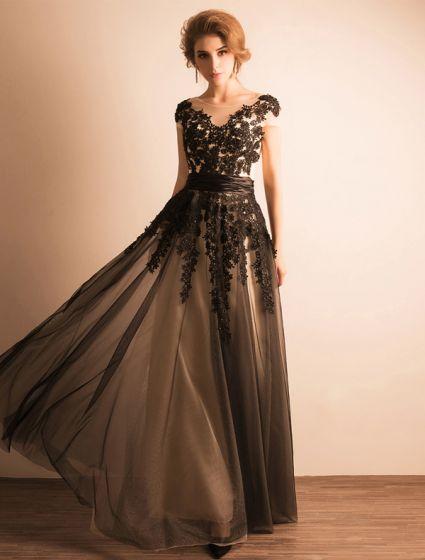 Eleganckie Sukienki Wieczorowe 2017 Miarka Dekolt Aplikacja Czarne Koronki Z Wzburzyć Skrzydła Długiej Sukienki Wizytowe