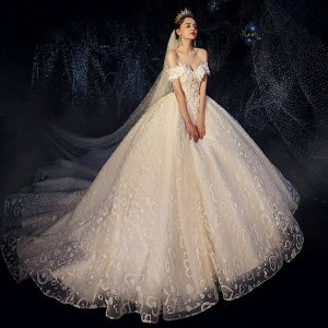 Romantic Champagne Wedding Dresses 2019 Ball Gown Off-The-Shoulder Short Sleeve Backless Heart-shaped Glitter Appliques Lace Chapel Train Ruffle
