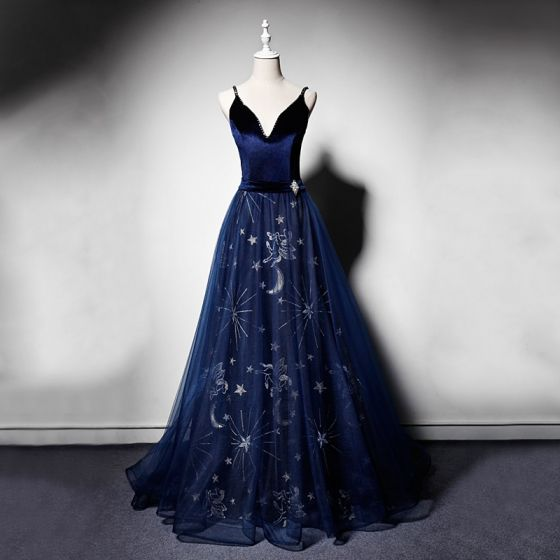 Elegant Navy Blue Suede Evening Dresses  2019 A-Line / Princess Spaghetti Straps Deep V-Neck Sleeveless Rhinestone Sash Beading Embroidered Floor-Length / Long Ruffle Backless Formal Dresses