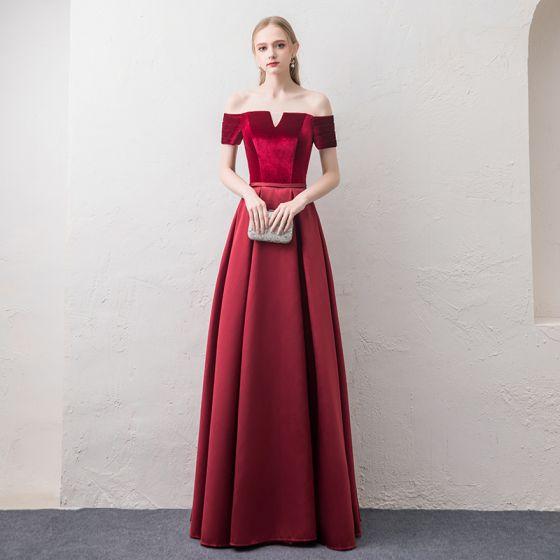 Asequible Borgoña Vestidos de noche 2018 A-Line / Princess Fuera Del Hombro Manga Corta Cinturón Largos Ruffle Sin Espalda Vestidos Formales