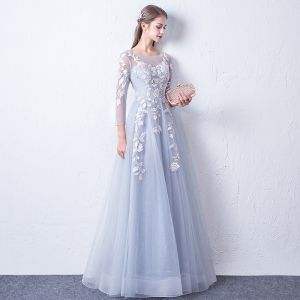 Chic / Beautiful Silver See-through Evening Dresses  2018 A-Line / Princess Scoop Neck Long Sleeve Appliques Lace Floor-Length / Long Ruffle Backless Formal Dresses
