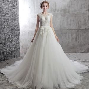 Elegant Ivory Wedding Dresses 2018 A-Line / Princess Scoop Neck Cap Sleeves Appliques Backless Flower Sequins Beading Chapel Train Ruffle