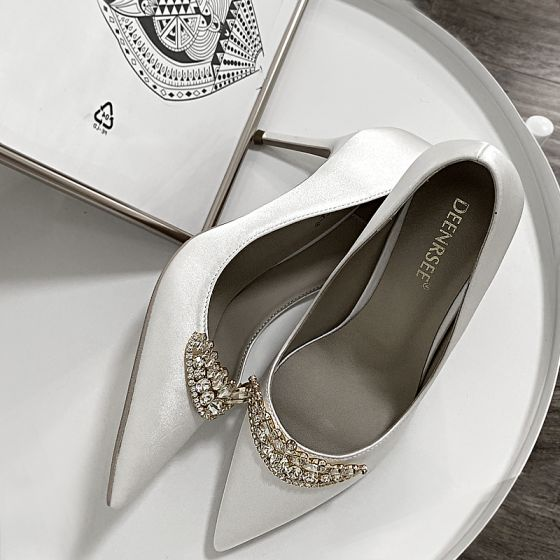 Charmig Vita Rhinestone Brudskor 2020 Läder 10 cm Stilettklackar Spetsiga Bröllop Pumps