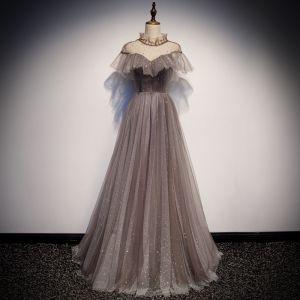 Élégant Transparentes Robe De Soirée Marron 2019 Princesse Col Haut Manches Courtes Dos Nu Glitter Étoile Longue Volants Robe De Ceremonie