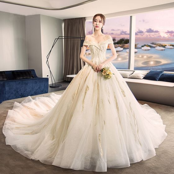 Modern / Fashion Champagne Wedding Dresses 2018 Ball Gown Off-The-Shoulder Short Sleeve Backless Appliques Lace Pearl Royal Train Ruffle