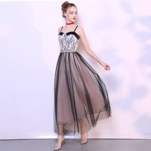 Chic / Beautiful Black Homecoming Graduation Dresses 2019 A-Line / Princess Spaghetti Straps Bow Lace Flower Sleeveless Backless Ankle Length Formal Dresses