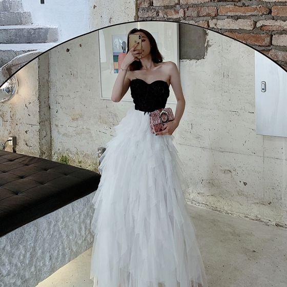 Zwei Töne Schwarz Weiß Abendkleider 2020 A Linie Herz-Ausschnitt Ärmellos Perlenstickerei Lange Fallende Rüsche Rückenfreies Festliche Kleider