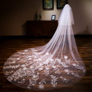 Chic / Beautiful White Cathedral Train Wedding Tulle Appliques Wedding Veils 2018
