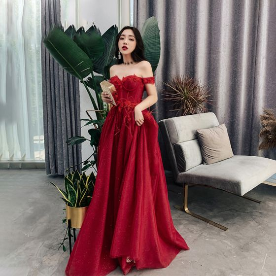 ceb018fa4443 Classy Burgundy Evening Dresses 2019 A-Line / Princess Off-The-Shoulder  Short Sleeve Appliques Lace Feather Glitter Tulle ...
