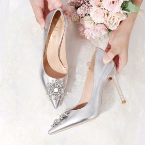 Charming Silver Wedding Shoes Rhinestone 2020 Patent Leather Pearl 10 cm Stiletto Heels Pointed Toe Wedding Pumps