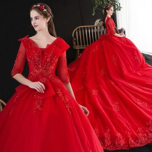 Charmant Rouge Robe De Mariée 2020 Princesse V-Cou Perlage Faux Diamant Paillettes En Dentelle Fleur 1/2 Manches Dos Nu Cathedral Train