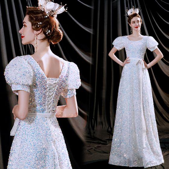 Brillante Blanco Vestidos de noche 2021 A-Line / Princess Scoop Escote Lentejuelas Manga Corta Sin Espalda Largos Vestidos Formales