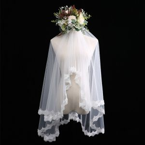 Modest / Simple White Wedding Veils Lace Short Chiffon Wedding Accessories 2019