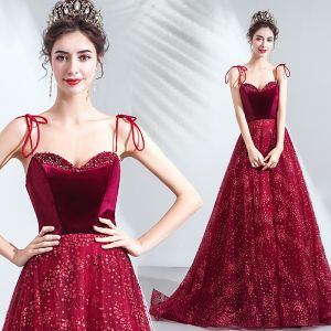 Charming Red Evening Dresses  2020 A-Line / Princess Spaghetti Straps Suede Beading Crystal Sequins Sleeveless Backless Court Train Formal Dresses