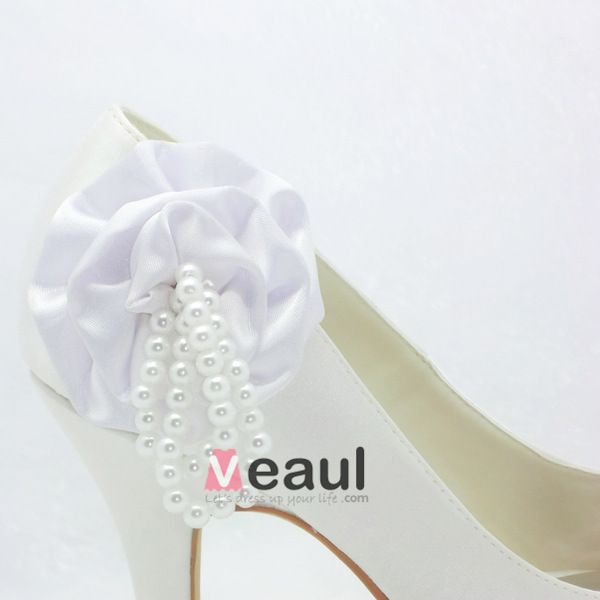 Beautiful White Bridal Shoes Satin Peep Toe Pumps With