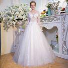 Unique Weiß Brautkleider 2017 A Linie V-Ausschnitt Spitze Rückenfreies Perlenstickerei Pailletten Hochzeit