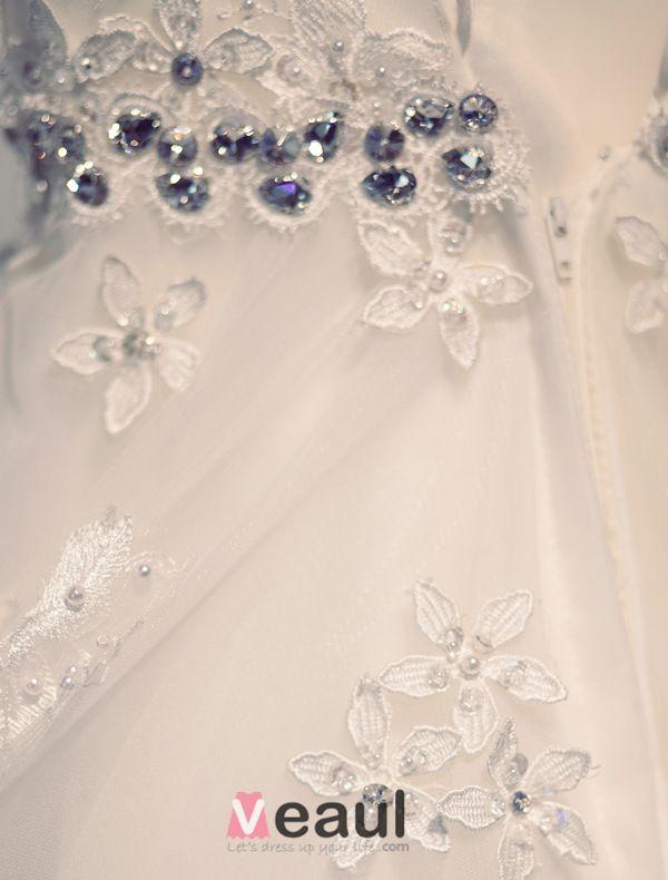 2015 Ball Gown Shoulders Scoop Neck Czech Diamond Appliques Lace Wedding Dress