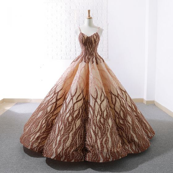 Luxe Doré Marron Dansant Robe De Bal 2020 Robe Boule Bretelles Spaghetti Sans Manches Appliques En Dentelle Perlage Perle Longue Volants Dos Nu Robe De Ceremonie