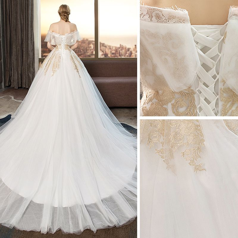Modern / Fashion Ivory Wedding Dresses 2019 Ball Gown Off-The-Shoulder Lace Flower Short Sleeve Backless Cathedral Train