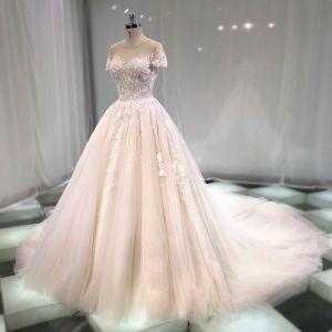 Chic Champagne Transparentes Robe De Mariée 2019 Princesse Encolure Dégagée Manches Courtes Dos Nu Appliques En Dentelle Perlage Cathedral Train