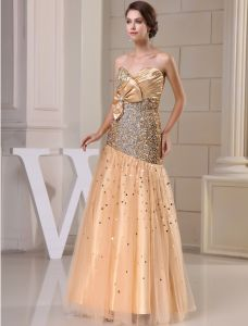 2015 Luxury A-line Sweetheart Neck With Bow Sequined Crystal Long Prom Dress