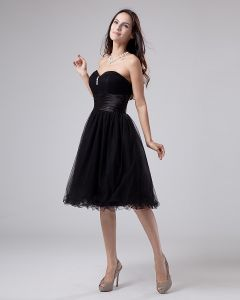 Sweetheart Ruffle Beading Organza Knee Length Graduation Dresses