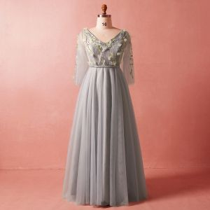 Chic / Beautiful Grey Plus Size Evening Dresses  2018 A-Line / Princess 3/4 Sleeve Spring V-Neck Tulle Crossed Straps Flower Appliques Backless Beading Evening Party Formal Dresses
