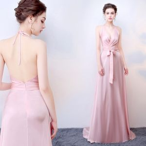 Sexy Blushing Pink Backless Evening Dresses  2018 A-Line / Princess Bow Halter Sleeveless Sweep Train Formal Dresses